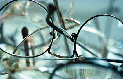 Pairs of glasses for recycling